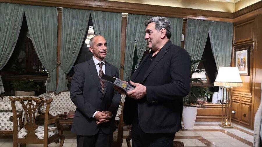 دیدار حناچی با نماینده توسعه سازمان ملل در ایران ، نظر پروویداس درباره تهران